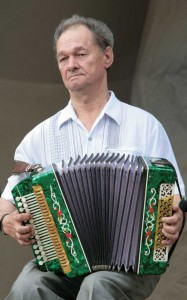 Александр Устьянцев