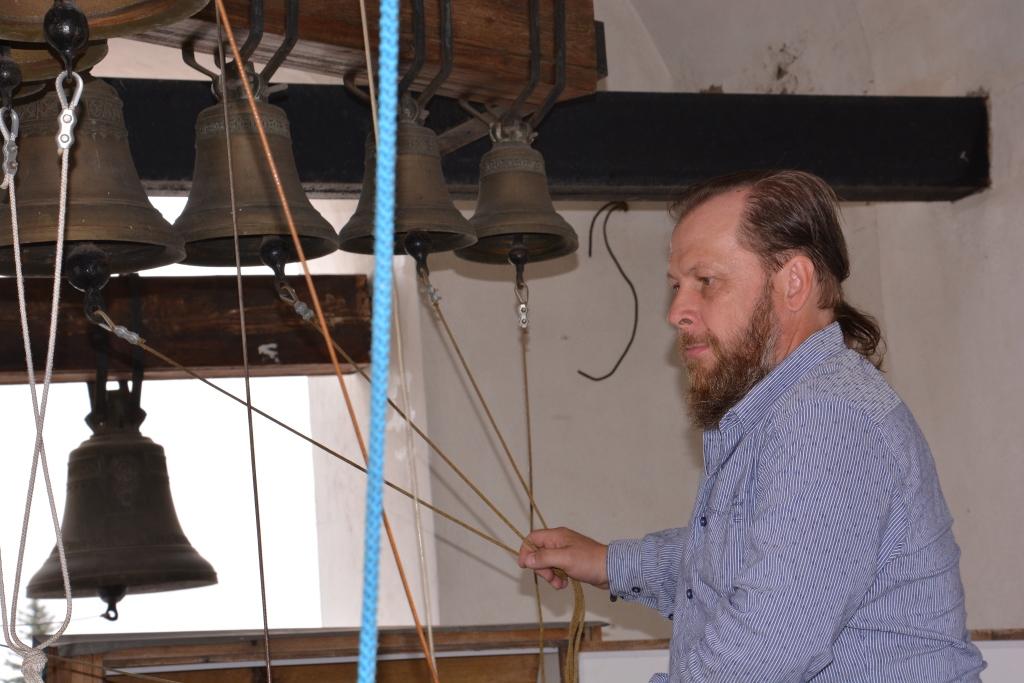 Дмитрий Бажанов - художествнный руководитель колокольного фестиваля