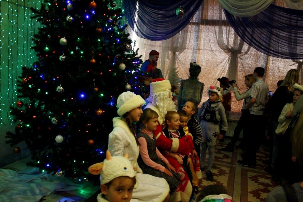 Фото с Дедом Морозом и Снегурочкой